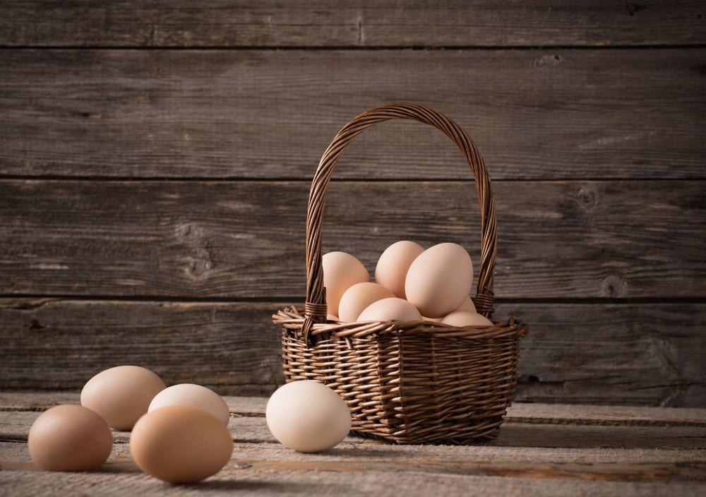 Put Those Eggs In!